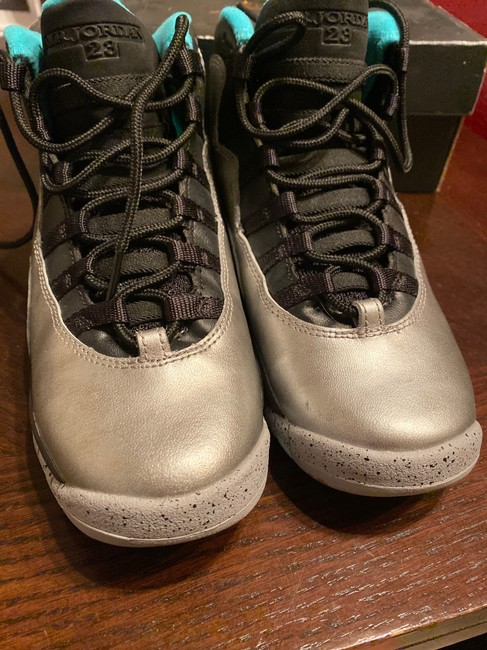 Nike Silver 10 (30th Anniversary Liberty) Sneakers Size US 4.5 Regular (M, B) Nike Silver 10 (30th Anniversary Liberty) Sneakers Size US 4.5 Regular (M, B) Image 3