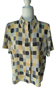 Alfred Dunner Vintage Geometric Petite Buttons Top Yellow/Grey Geo Pattern