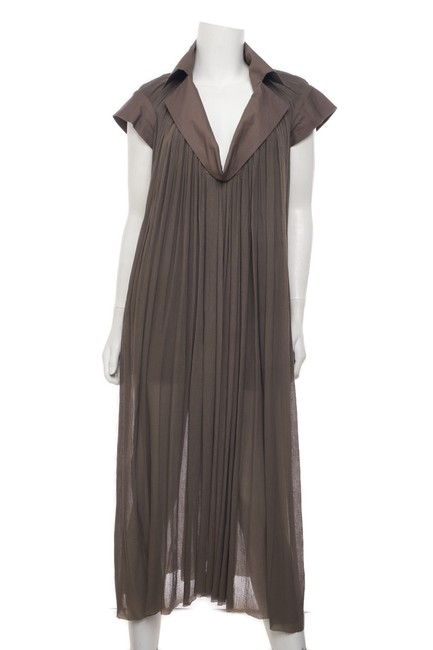 Item - Taupe Pleated Shift 38 Mid-length Cocktail Dress Size 2 (XS)