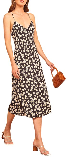 Preload https://img-static.tradesy.com/item/26352366/reformation-black-white-daisy-floral-midi-mid-length-casual-maxi-dress-size-8-m-0-2-650-650.jpg