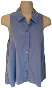 Juicy Couture Button Down Button Up Silk Sleeveless Top light blue