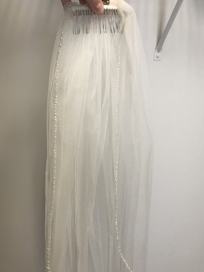 Stella York Ivory Long Bridal Veil Image 2