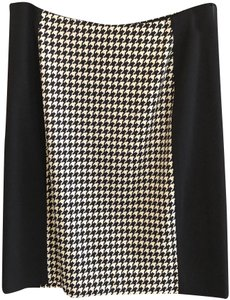 MICHAEL Michael Kors Stretchy Pencil Straight Hounds-tooth Petite Skirt Black, White