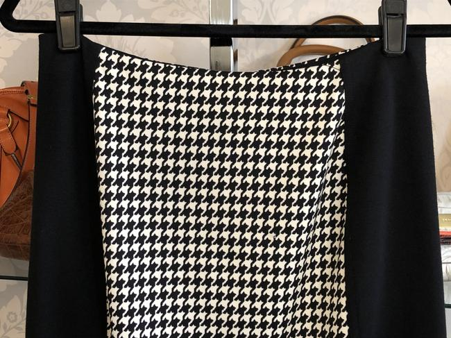 MICHAEL Michael Kors Stretchy Pencil Straight Hounds-tooth Petite Skirt Black, White Image 1