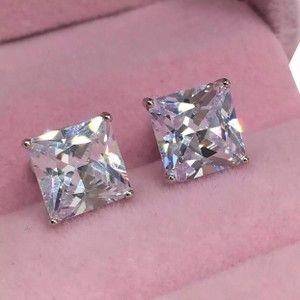 Eve St. Claire 14k white gold diamond 3 ct princess stud earrings