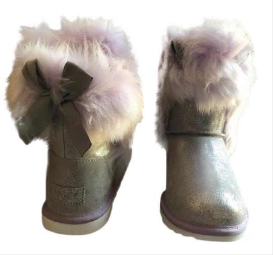 Preload https://img-static.tradesy.com/item/26354730/ugg-australia-silverlavender-bow-classic-ii-genuine-sheepskin-maizey-bootsbooties-size-us-7-regular-0-2-540-540.jpg