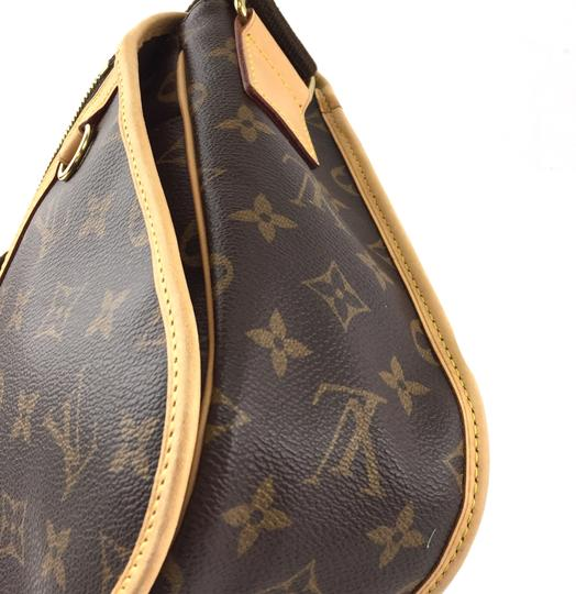 Louis Vuitton Lv Bosphore Adjustable Monogram Cross Body Bag Image 9