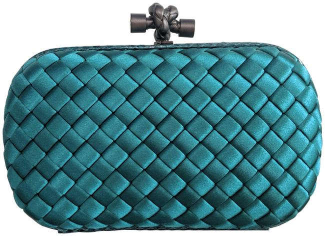 Item - Intrecciato Impero Knot Handbag Green Satin Clutch