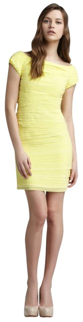 Item - Yellow Layered Mid-length Cocktail Dress Size 8 (M)