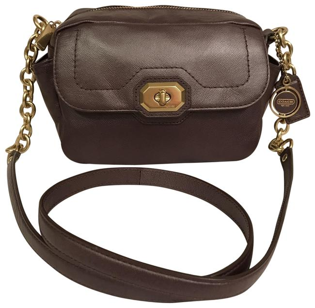 Item - Campbell Turnlock Camera F24843 Pearlized Purple Gold Leather Cross Body Bag