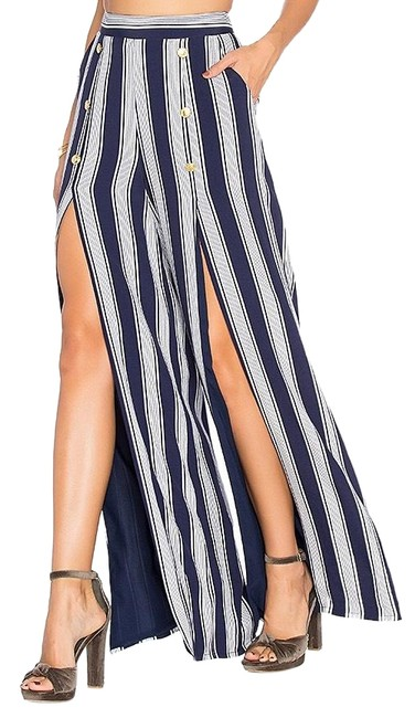 Preload https://img-static.tradesy.com/item/26362202/lovers-friends-navy-white-high-waisted-farewell-pants-size-4-s-27-0-2-650-650.jpg