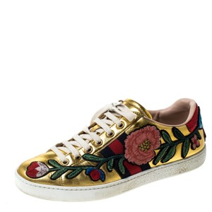 Gucci Metallic Leather Gold Athletic