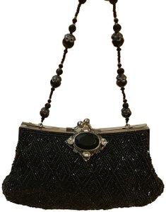 Todd Anthony Wristlet in black
