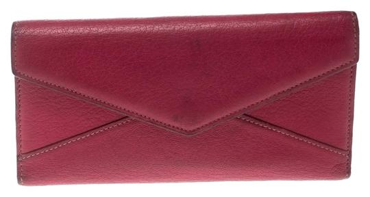 Preload https://img-static.tradesy.com/item/26362731/cartier-pink-leather-les-must-envelope-trifold-wallet-0-2-540-540.jpg