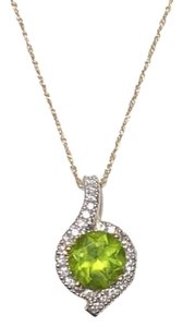 Other Peridot and Diamond Pendant in Yellow Gold