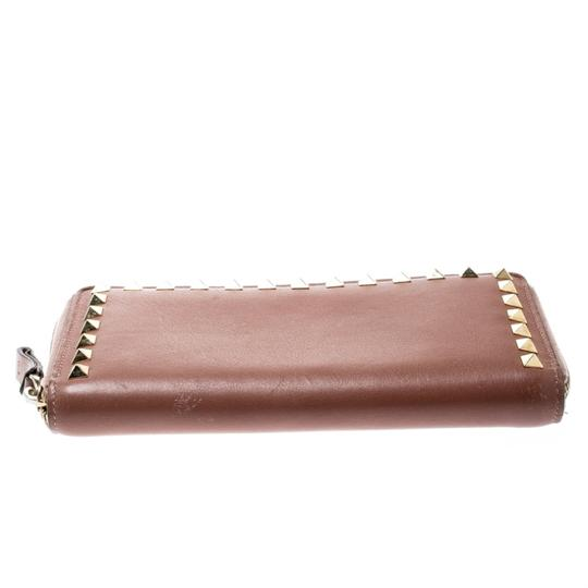 Valentino Valentino Nude Pink Leather Rockstud Zip Around Wallet Image 3