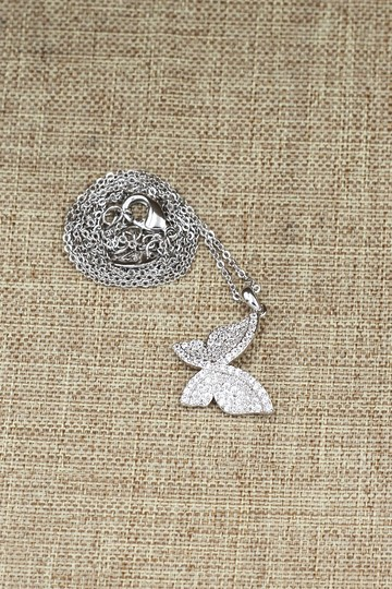 Ocean Fashion Sterling silver shiny crystal butterfly necklace Image 4