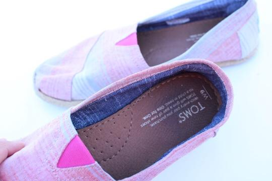 TOMS red, blue, white Flats Image 2