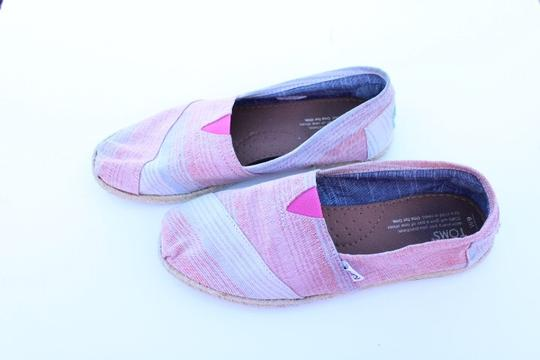 TOMS red, blue, white Flats Image 3