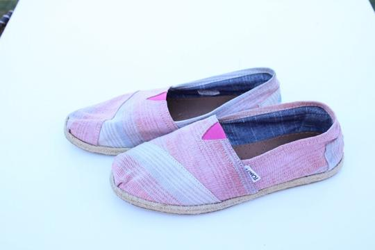 TOMS red, blue, white Flats Image 5