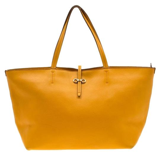 Preload https://img-static.tradesy.com/item/26363050/salvatore-ferragamo-mustard-bice-yellow-leather-tote-0-2-540-540.jpg