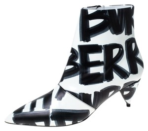Burberry Leather Wilsbeck Ankle White Boots