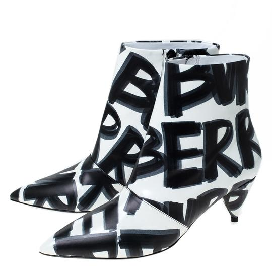 Burberry Leather Wilsbeck Ankle White Boots Image 4