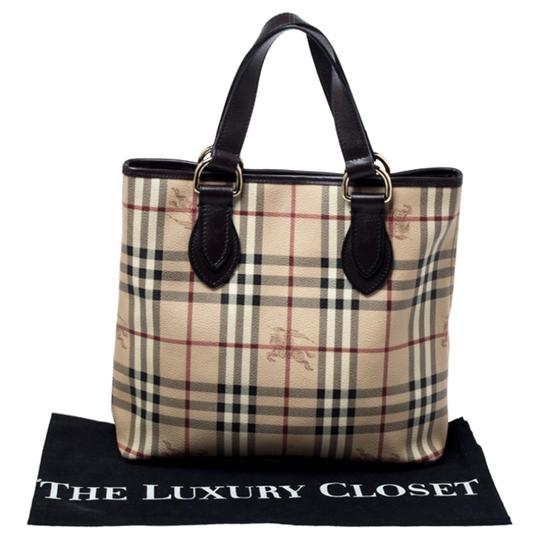 Burberry Canvas Leather Tote in Beige Image 11