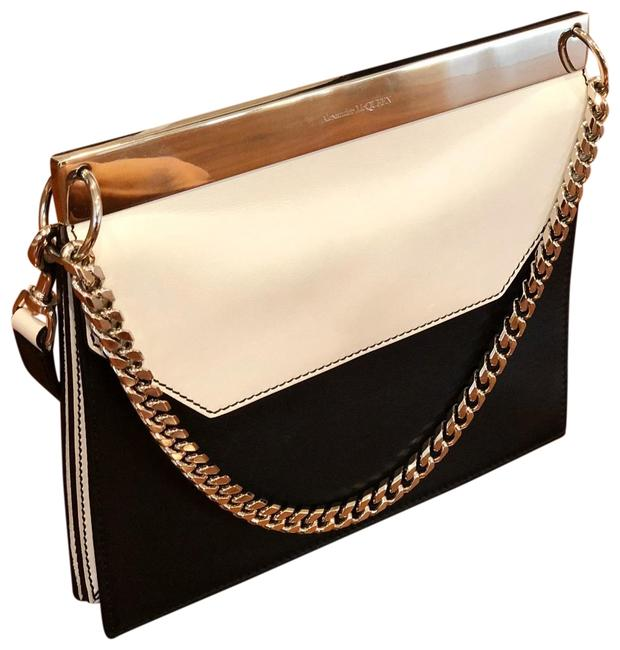 Item - Drop Chain Black White Leather Clutch