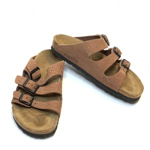 Brown Birkenstock Sandals 6 Up to 90% off at Tradesy