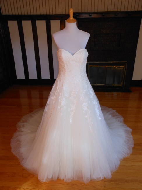 Pronovias Milord Destination Wedding Dress Size 10 (M) Pronovias Milord Destination Wedding Dress Size 10 (M) Image 1