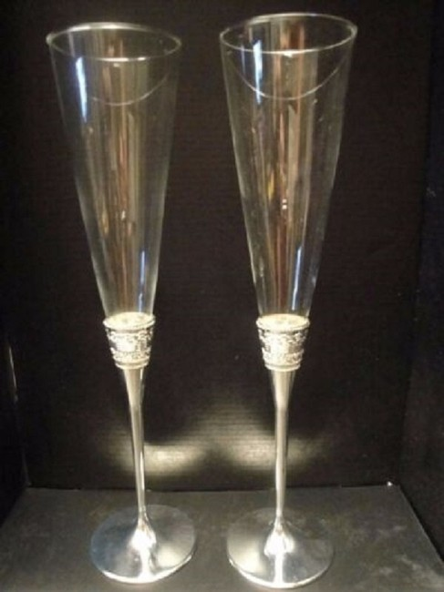 Item - Clear/Silver 2 Wedding Toasting Flutes For Wedgwood