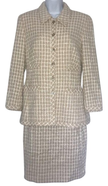 Item - Tan Yellow Plaid Boucle Jacket 38/36 Skirt Suit Size 6 (S)