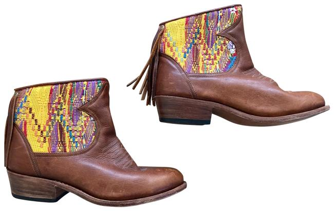 Item - Multi-colored Chelsea Boots/Booties Size US 8 Regular (M, B)