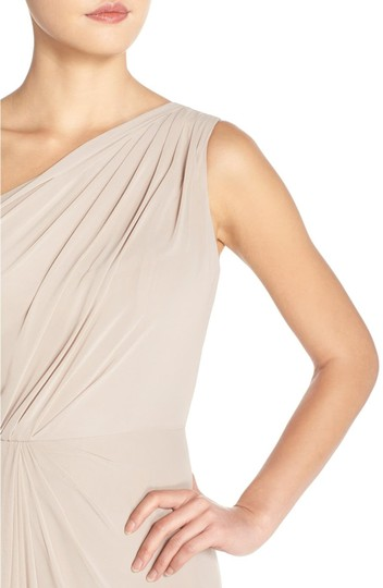 Monique Lhuillier Grey Chiffon Polyester One Shoulder Gown Formal Bridesmaid/Mob Dress Size 4 (S) Image 2