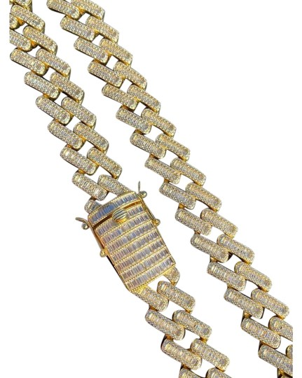 Preload https://img-static.tradesy.com/item/26375168/14k-gold-925-silver-18mm-baguette-prong-cuban-chain-necklace-0-3-540-540.jpg