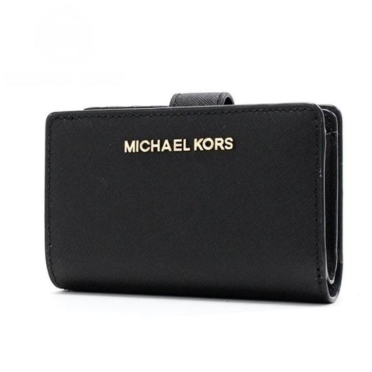 Preload https://img-static.tradesy.com/item/26375239/michael-kors-black-jet-set-travel-bifold-zip-coin-35f7gtvf2l-wallet-0-0-540-540.jpg