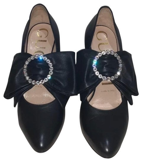 Preload https://img-static.tradesy.com/item/26375312/gucci-w-leather-w-removable-swarovski-crystal-accented-bow-pumps-size-us-6-regular-m-b-0-3-540-540.jpg
