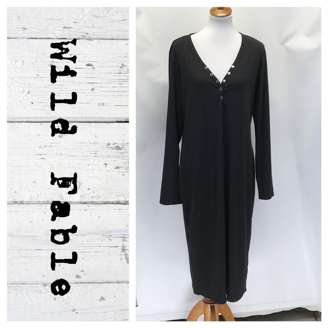 Preload https://img-static.tradesy.com/item/26375511/black-henley-shirt-mid-length-workoffice-dress-size-20-plus-1x-0-0-650-650.jpg