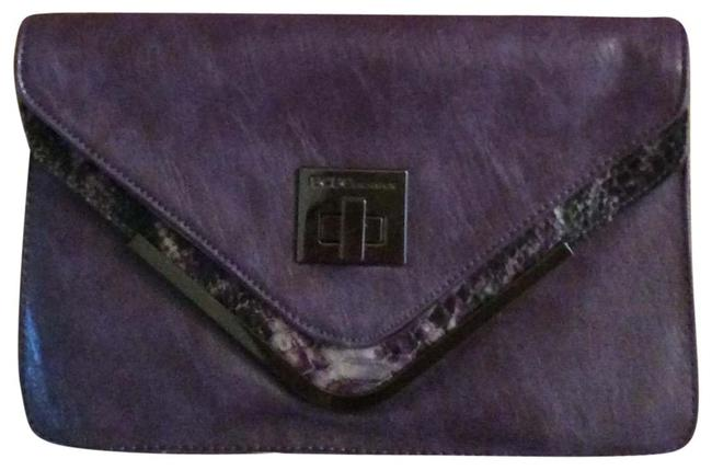 Item - W Elegant Purse W/Matching Shoes Purple Faux Leather Clutch