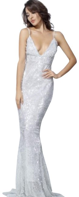 Item - Silver Long Formal Dress Size 6 (S)