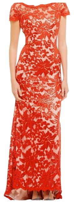 Item - Red Lace Sequin Embroidered Gown Long Formal Dress Size 6 (S)