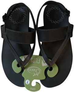 Chaco Leather Never Worn Black Sandals