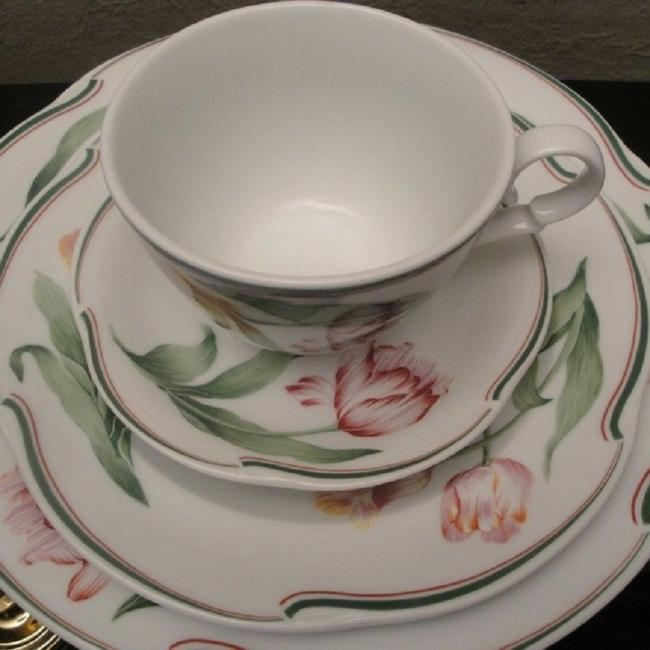 Item - Multicolor Christian Normandie Porcelain Set Of 5