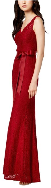 Item - Crimson Belted Lace Gown Long Formal Dress Size 10 (M)