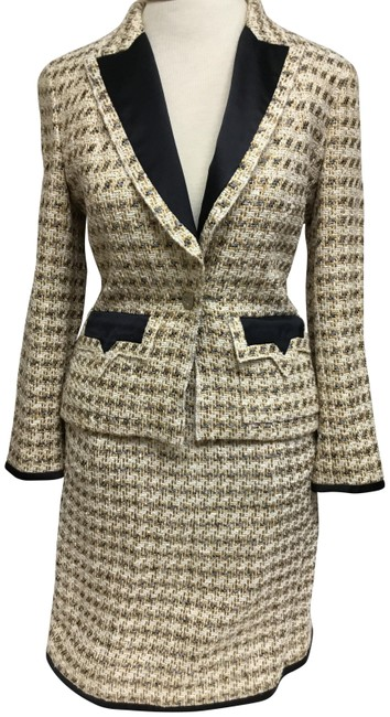 Item - Gold And Cream Tweed with Black Satin Accent Skirt Suit Size 6 (S)