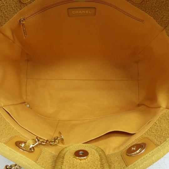 Chanel Deauville Tweed Small Shoulder Bag Image 9
