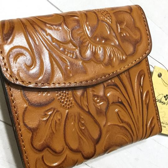 Patricia Nash Designs Italian Leather Reiti Embossed Floral Organizer RFID Bifold Flap Image 1