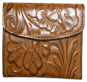 Patricia Nash Designs Italian Leather Reiti Embossed Floral Organizer RFID Bifold Flap