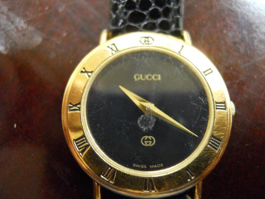 Gucci Timeless Women's Gucci Watch Model 3000l Swiss Accurate Time New Band Image 5